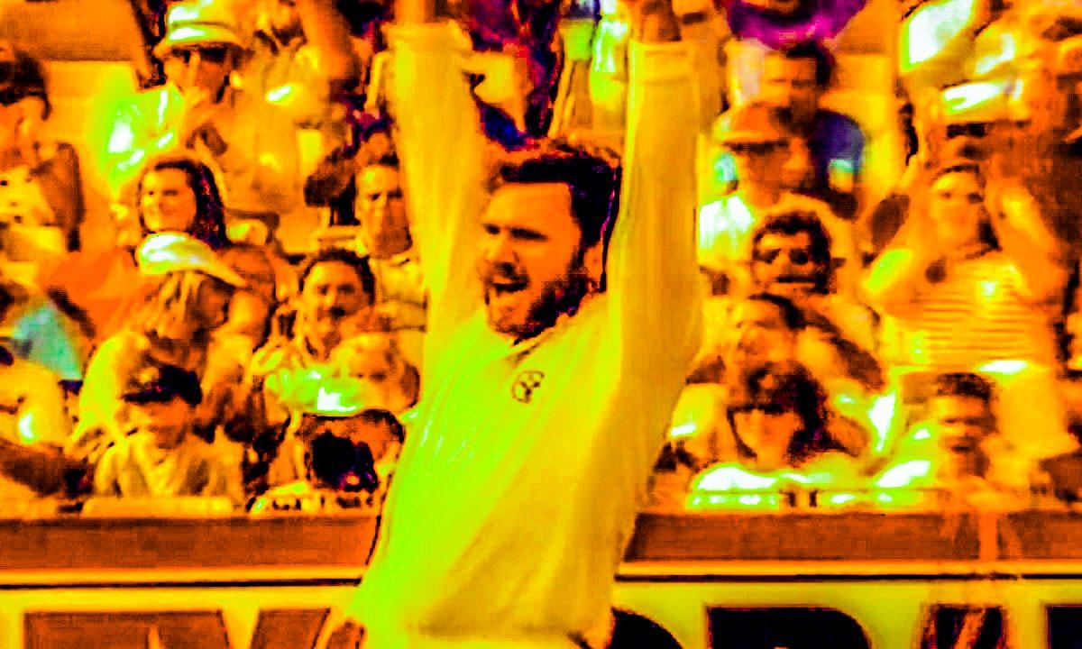 Friday Flashback: Allan Border celebrates on of his seven wickets on Australia Day 1989